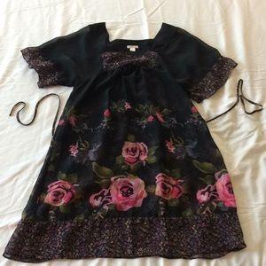 Black kimono sleeve floral dress shell